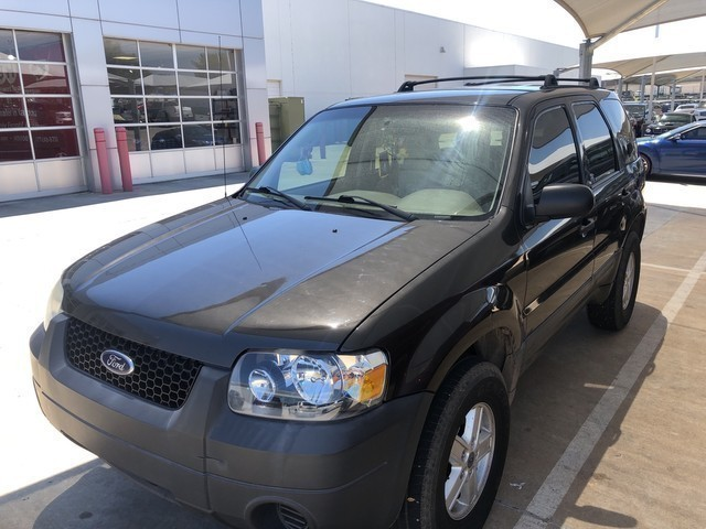 Pre-Owned 2007 Ford Escape XLS