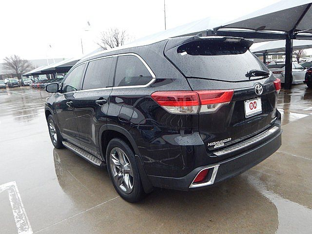 Certified Pre-Owned 2018 Toyota Highlander Limited Platinum