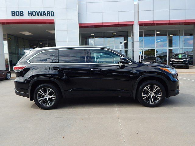 Certified Pre-Owned 2016 Toyota Highlander XLE****AWD***CALL BH TOYOTA**405-936-8600**