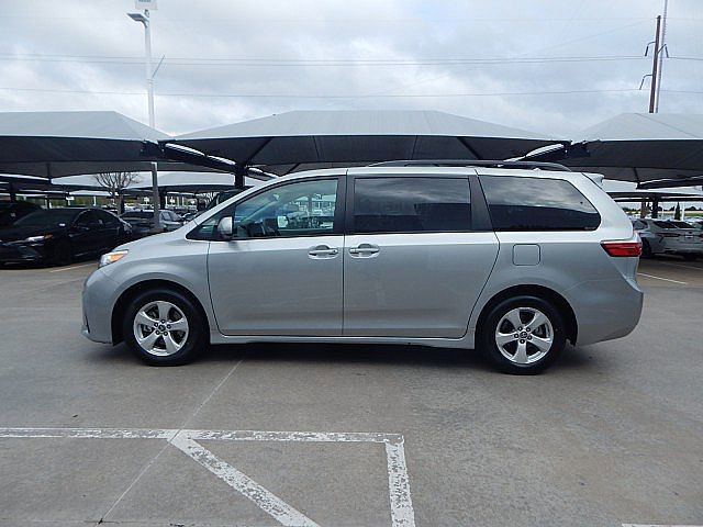 Certified Pre-Owned 2020 Toyota Sienna LE***CALL BH TOYOTA--405-936-8600**