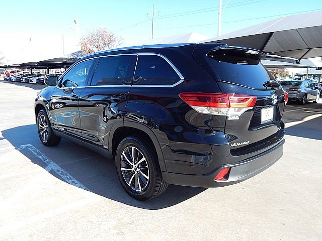 Certified Pre-Owned 2019 Toyota Highlander XLE***CALL BH TOYOTA**405-936-8600**