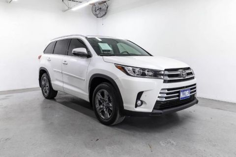 Certified Pre-Owned 2018 Toyota Highlander Limited Platinum***CALL BH TOYOTA**405-936-8600*** Front Wheel Drive SUV